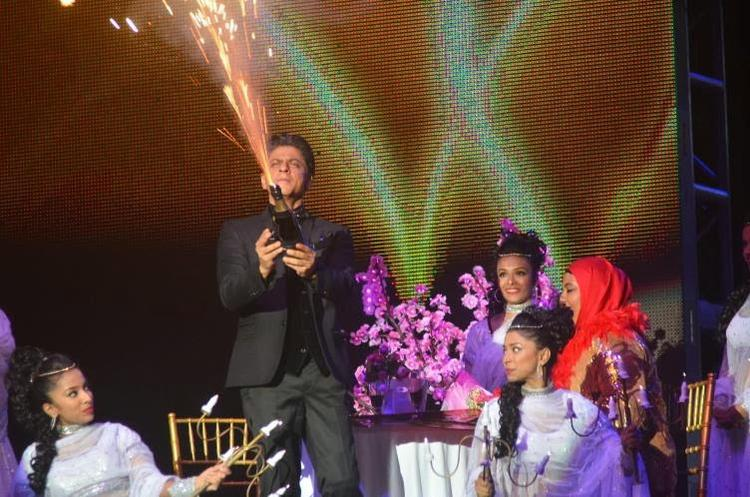 SRK Rocked On The Stage At Temptation Reloaded 2014 In Malaysia