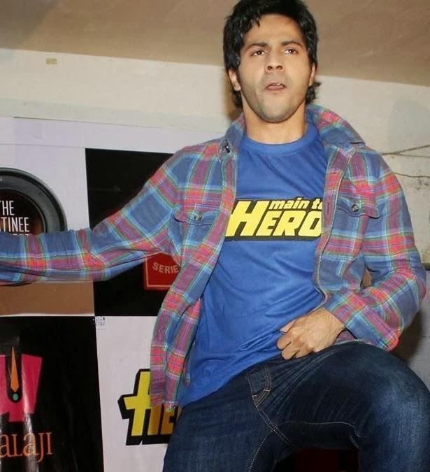 Varun Dhawan Visits Mithibai College For Promoting Main Tera Hero Movie
