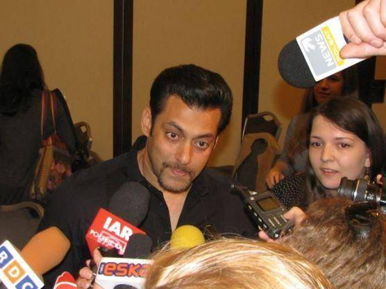 Salman Khan Replying To Question At Kick Press Conference In Poland
