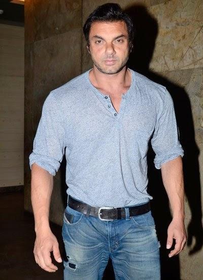 Sohail Khan Smart Hot Look During The Screening Of Humpty Sharma Ki Dulhania