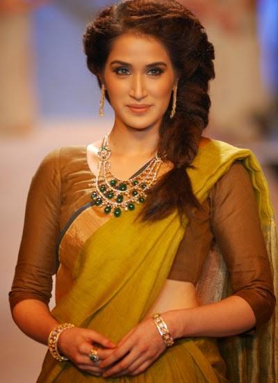 Sagarika Ghatge Looking So Gorgeous In Yellow Sari