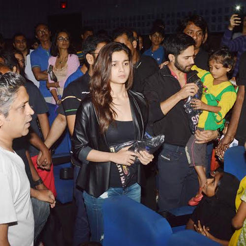 Varun Dhawan Cool With A Kid And Alia Bhatt With Fans During The Visit Of Theatre In Mumbai