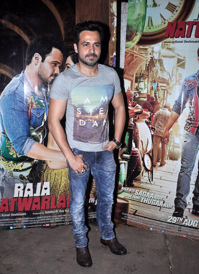 Emraan Hashmi Handsome Look During The Special Screening Of Raja Natwarlal Movie