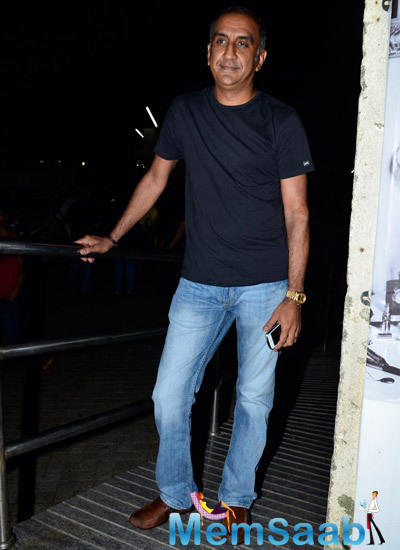 Milan Luthria Posed For Camera During The Screening Of Finding Fanny Hosted By Homi Adajania