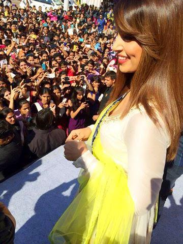 Bipasha Basu Going To Jaipur City For Promoting Creature 3D Movie