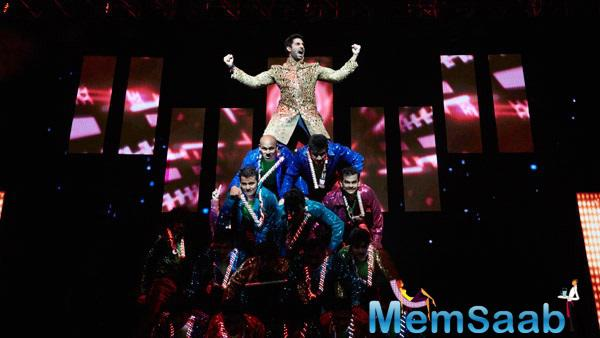 Abhishek Bachchan Performed At SLAM ! The Tour In Houston