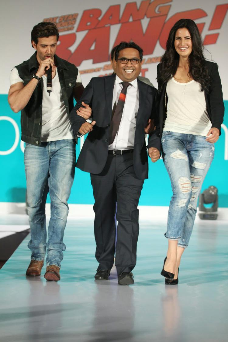 Hrithik And Katrina Launch 'Bang Bang' Pantaloons Collection