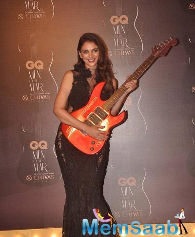 Aditi Rao Hydari Smiling Pose At GQ Men Of The Year Awards 2014