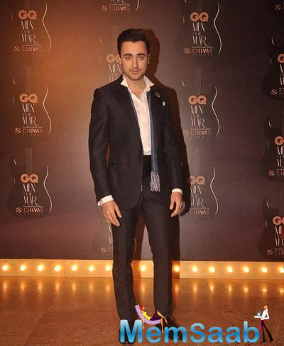 Imran Khan Dappers Look In Suit At GQ Men Of The Year Awards 2014