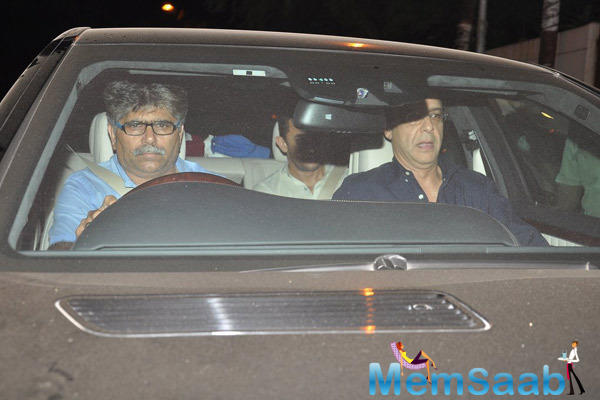 Aamir Khan Sports New Rugged Look At Outside Of Vidhu Vinod Chopra Studios