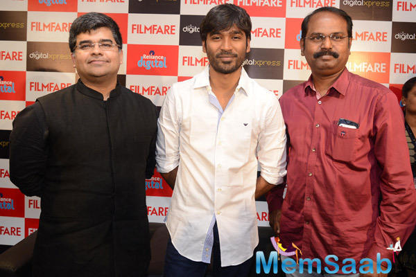 Dhanush And Editor Jitesh Pillaai At The Filmfare Readers Meet At The Reliance Digital Store