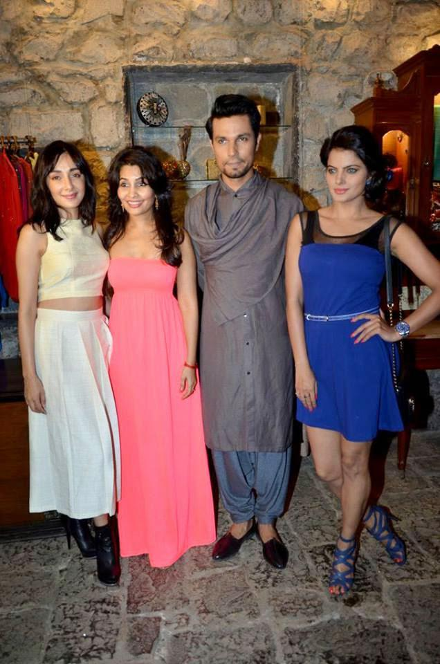 Randeep Hooda Posed With Star Casts At Rang Rasiya Promotional Event At Ensemble