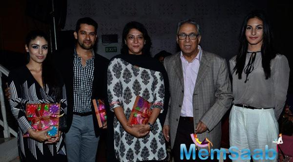 Bollywood And Othe Celebs Support  Breast Cancer Awareness Programme In Mumbai
