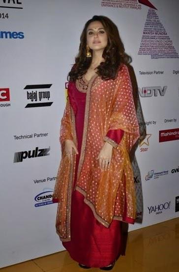 Preity Zinta Attend The Mumbai Film Festival 2014 Inauguration