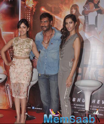 Yami Gautam,Ajay Devgan And Manasvi Mamgai Posed During The Trailer Launch Of Film Action Jackson