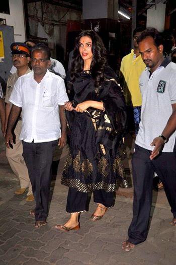 Deepika Padukone Seeks Blessings At Siddhivinayak Temple In Mumbai