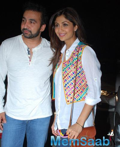 Raj With Wife Shilpa Attend The Special Screening of Chaar Sahibzade