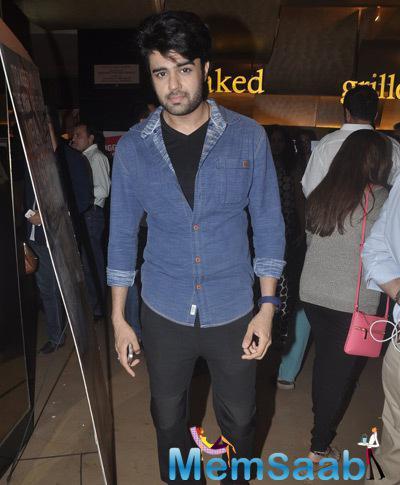 Manish Paul Handsome Look At The Screening Of Shaukeens Movie