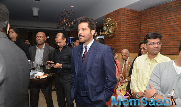 Anil Kapoor Pays Tribute To Mandela On His First Death Anniversary
