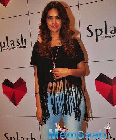 Esha Gupta Strike A Pose For Shutterbugs During The Launch Of Splash Store