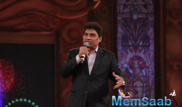 Johnny Lever Spoke Some Words At Umang Mumbai Police Show 2015