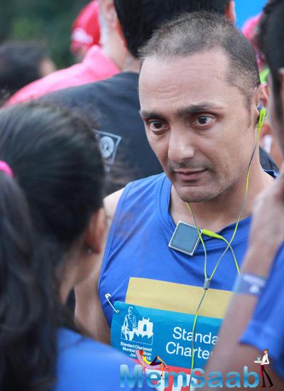 Rahul Bose Participate At The Standard Chartered Mumbai Marathon 2015