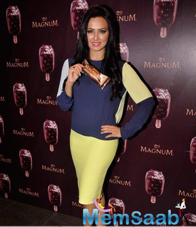Sana Khan Stunning Look Ice Cream During The Launch Of A New Choco Cappuccino Flavour Of Magnum Ice cream