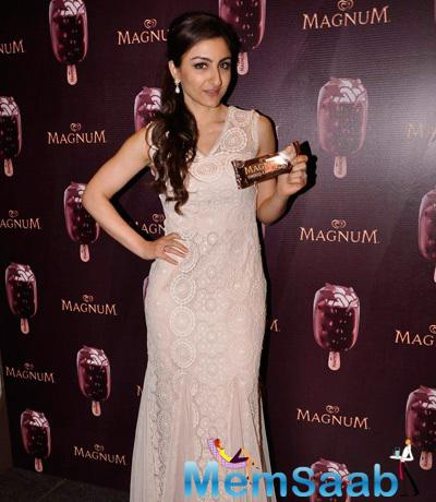 Soha Ali Khan Gorgeous Look During The Launch Of A New Choco Cappuccino Flavour Of Magnum Ice cream