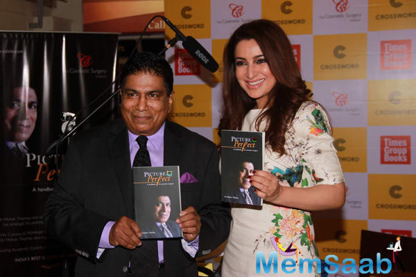 Dr Mohan Thomas And Tisca Chopra Launches Book Picture Perfect