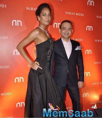 Lisa Haydon Celebrate The Launch Of Nirav Modi's Jewellery Store