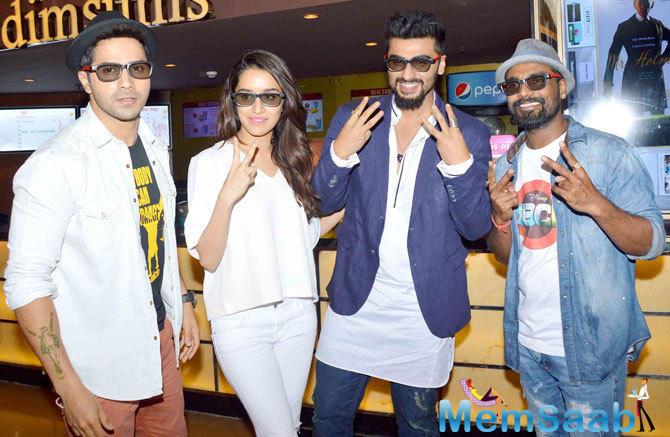 Varun Dhawan,Shraddha Kapoor,Arjun Kapoor And Remo Dsouza Cool Pose For Camera During The Screening Of ABCD 2 Movie