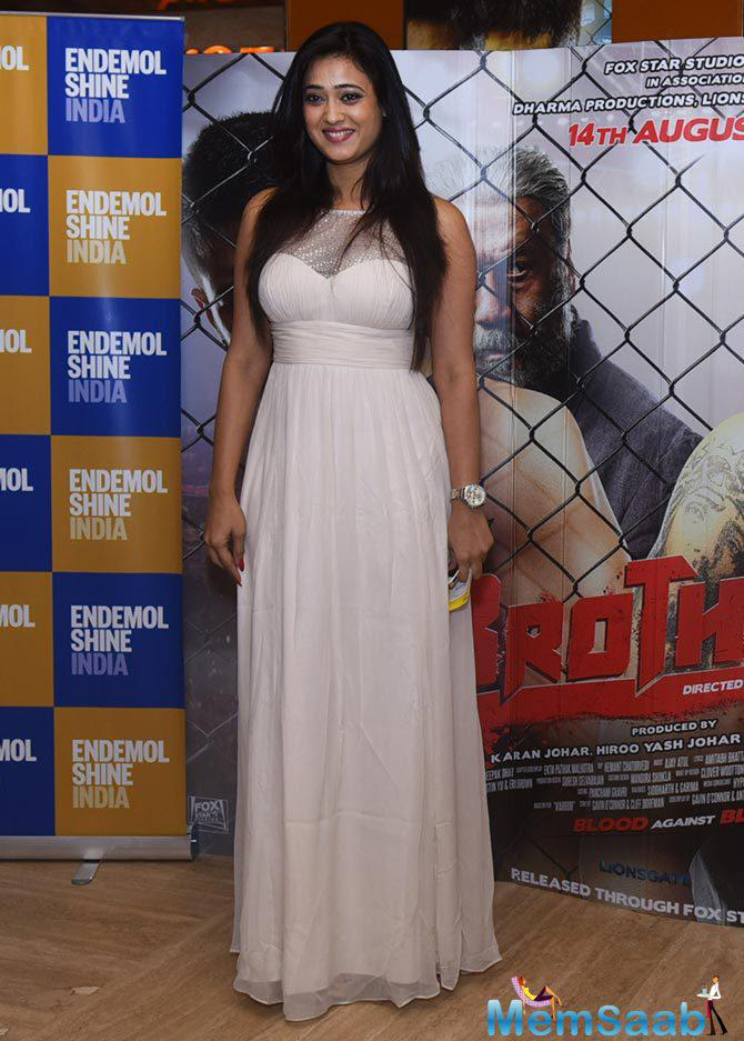 Shweta Tiwari Stunning Look During The Special Screening Of Brothers Movie