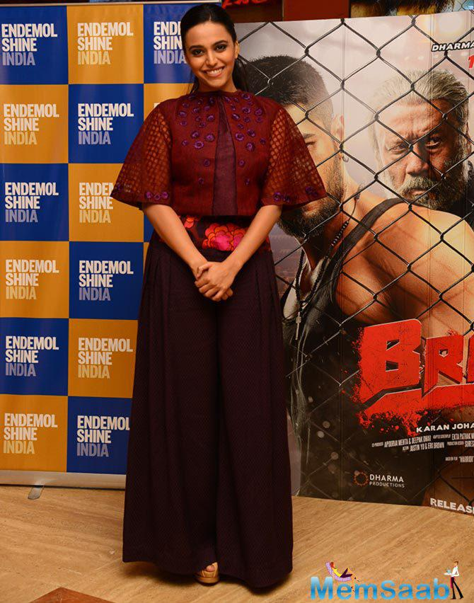 Swara Bhaskar Flashes Smile Towards The Camera During The Special Screening Of Brothers Movie At PVR