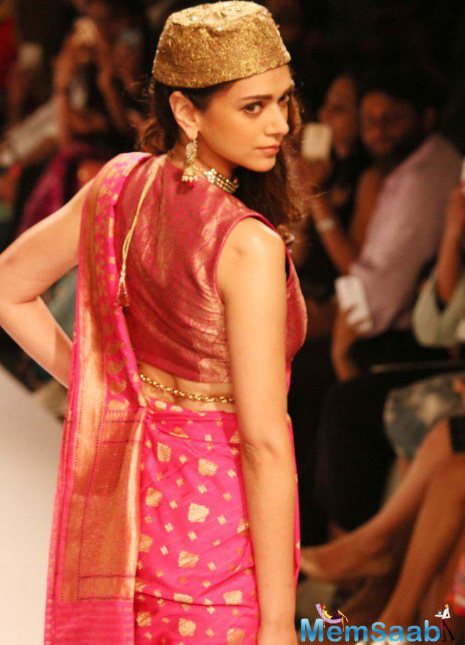 Ritu Kumar Promoting IndianTextile By Aditi Rao Hydari