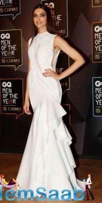Deepika Wins 'Woman Of The Year' At GQ Awards 2015