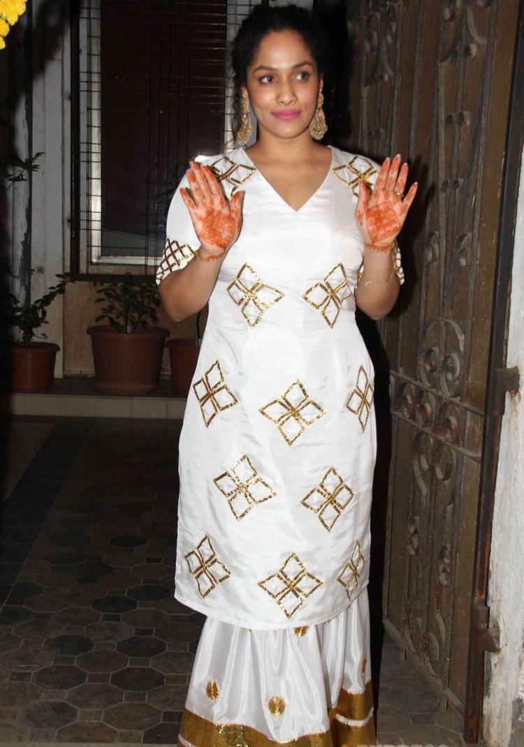 Masaba Gupta Showed Off Her Mehendi During The Event