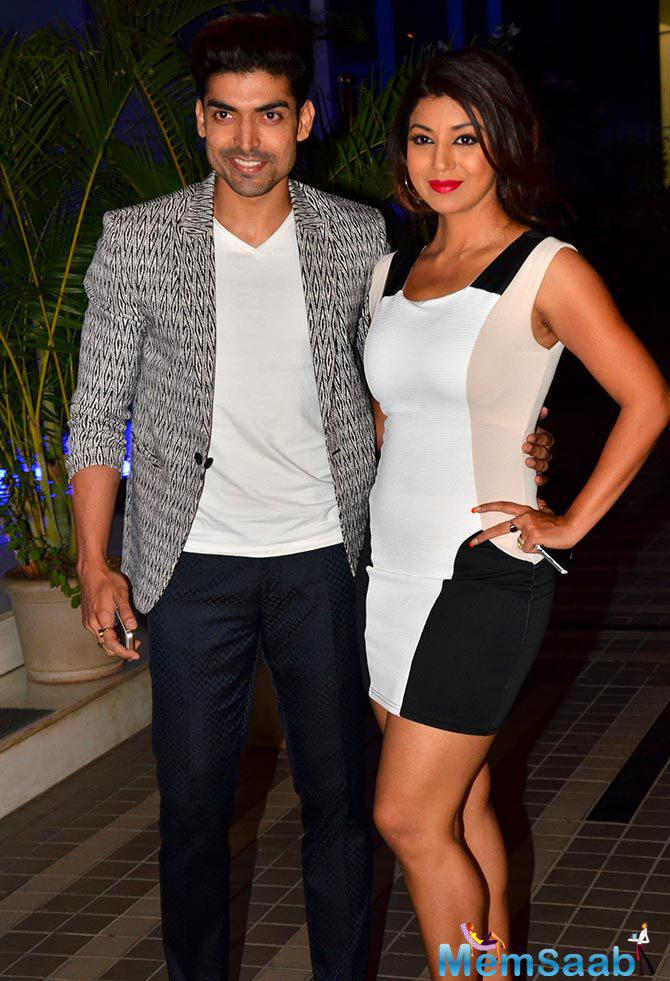 TV Star Gurmeet Arrived With Actress Wife Debina For Sajid's Birthday Party