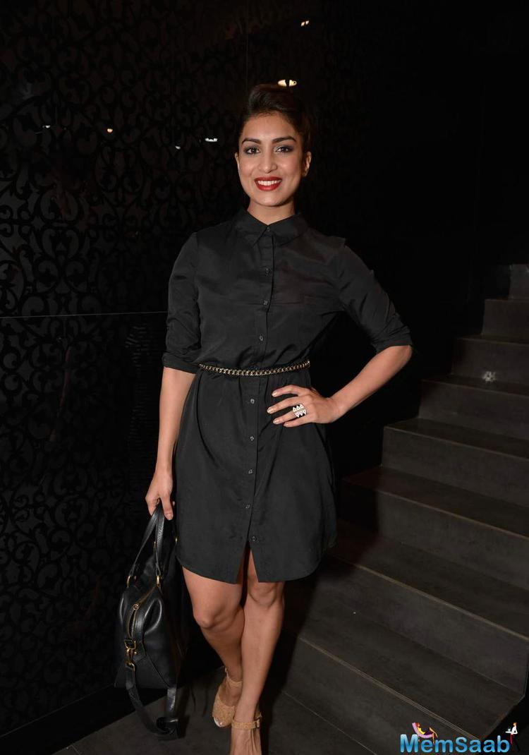 Pallavi Sharda Red Lip Gorgeous Look At Shaheen Abbas Collection Launch In Gehna Store