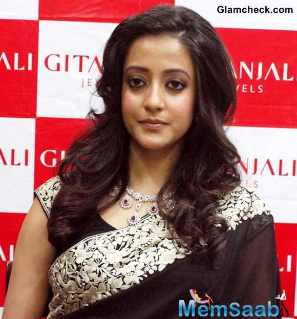 Raima Sen, who granddaughter of late actress Suchitra Sen, is keen that a noted filmmaker like Sanjay Leela Bhansali or Mani Ratnam comes on board to direct a biopic of her grandmother.