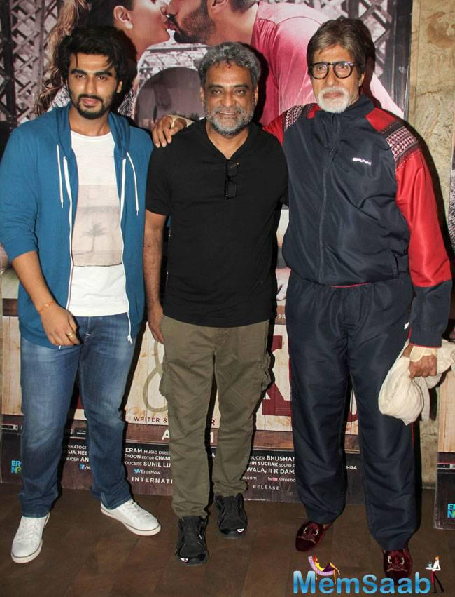 Megastar Amitabh Bachchan poses with Ki And Ka director R Balki and Arjun Kapoor at the special screening. The Piku actor also took to Twitter to appreciate R Balki for the bold attempt.