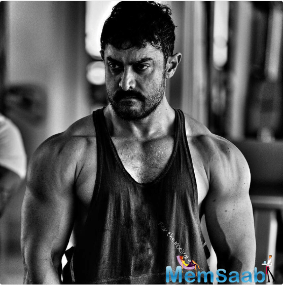The 51-year-old Aamir Khan has finally revealed his-much-awaited muscular look from his forthcoming film 'Dangal'