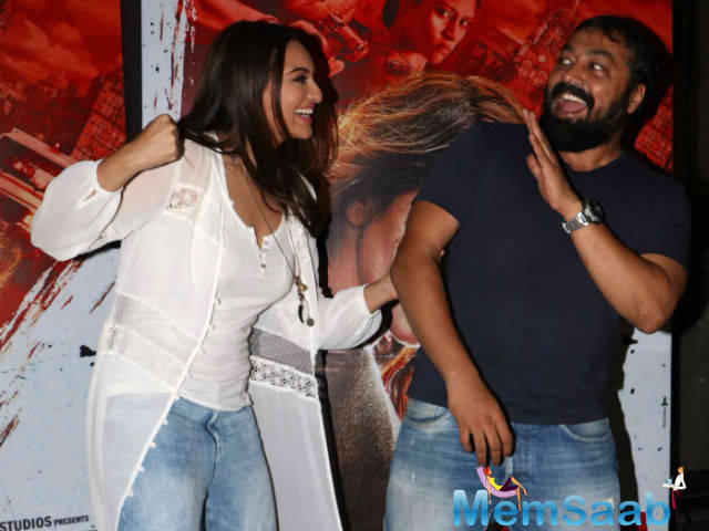 Anurag Kashyap, who plays antagonist opposite Sonakshi in Akira, says Sonakshi is a convincing action-her.