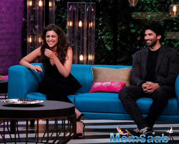 Star World gave us a fun peek into the chemistry the pair shares. During the chat session, the 'Ishaqzaade' actress also reveals a hilarious thing she had read about herself