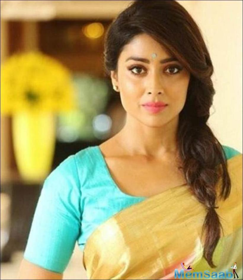 Shriya Saran, who last seen in Bollywood film Drishyam opposite Ajay Devgn in 2015, after that she has been busy with her South commitments.