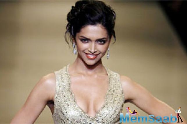 Actress Deepika Padukone, who won the Entertainer of the Year honour at the Hello Hall of Fame Awards, says fame is not that important to her.