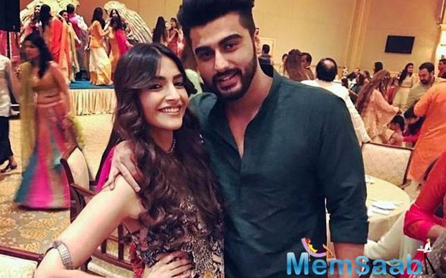 At Koffee With Karan Jury Awards, Malaika was a part of it and when Karan asked the panel to name the best performer of the season, Malaika without any second thoughts took the name of Arjun Kapoor.