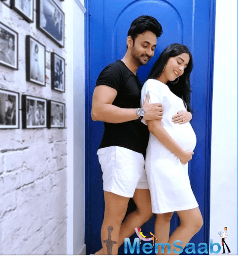And now, she has taken to her Instagram account and flashed her baby bump and also with her hubby and the picture is indeed adorable, and even more lovely was the actress' caption.