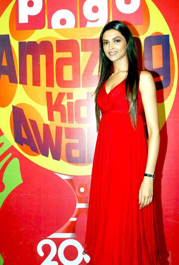 Hottest Deepika Padukone Wallpaper