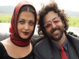 Hrithik Roshan and Aish Beauty Still In Guzarish