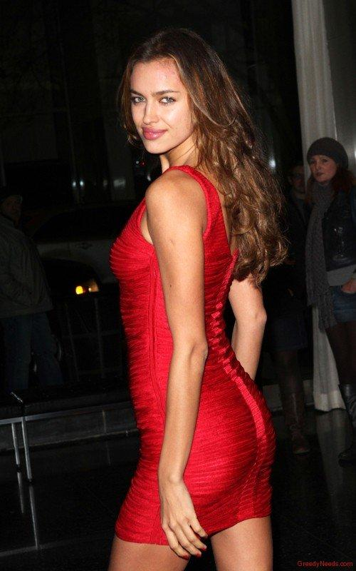 Irina Shayk Sexy Figure Show Photo Shoot